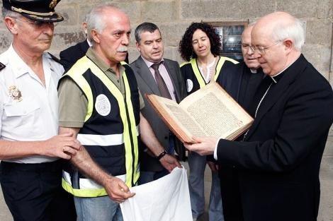 El electricista que robó el Códice Calixtino trabajó 25 años en la catedral y pidió 40.000 euros tras ser despedido